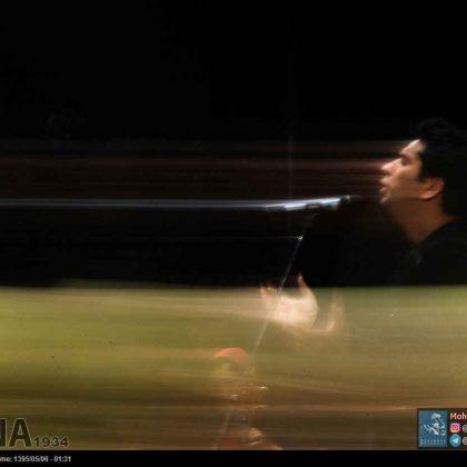 محمد معتمدی به همراه خنیاگران مهر به روی صحنه رفت + گزاش تصویری