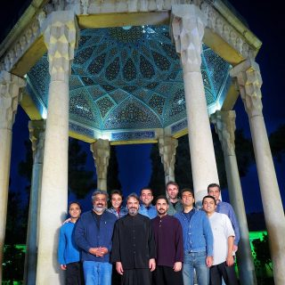 حسین علیزاده و محمد معتمدی با «همآوایان» در بزرگداشت حافظ، اشعار او را اجرا كردند